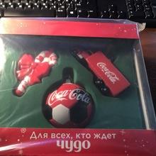 Отправляй и получай подарки с Coca-Cola от Coca-Cola