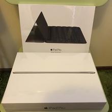 iPad Pro 9,7'' и чехол -клавиатура Apple Smart Keyboard от Garnier